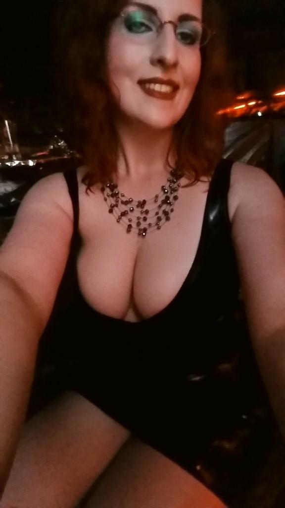 Latex and Boobs – Domina Miss Leonie at FetischTraum in Kiel II
