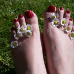foot fetish in hamburg - outdoor feet with Domina Miss Leonie