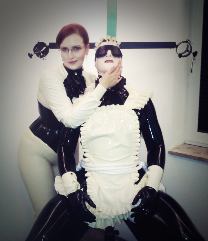 Latex Mistress and Maid in Hamburg